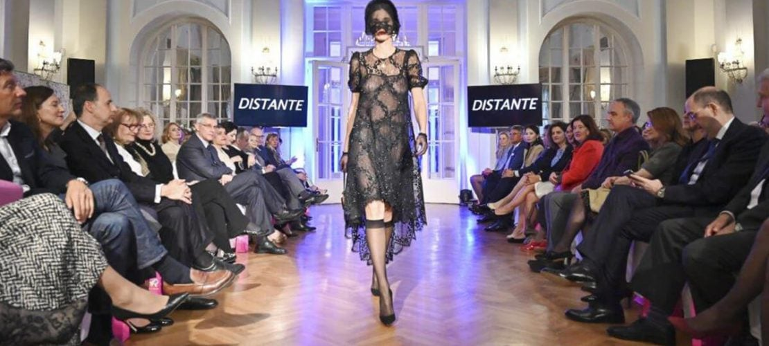 Modna revija italijanskog kreatora visoke mode Mikelea Miljonika u italijanskoj ambasadi